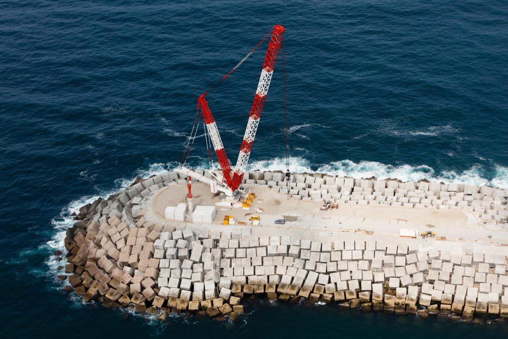 Obras de refuerzo del dique de abrigo del Puerto Exterior de A Coruña